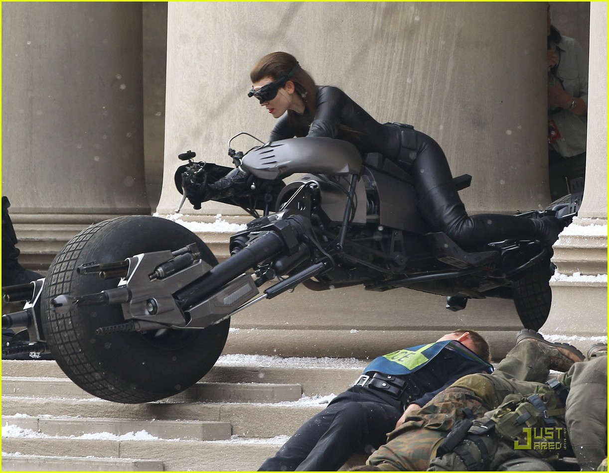 selina kyle catwoman dark knight rises